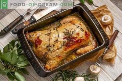 Stuffed boneless chicken in the oven