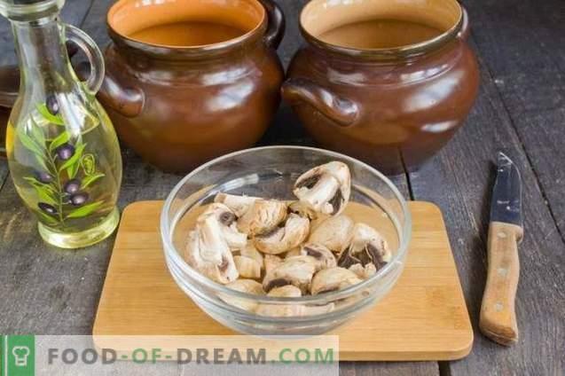 Côtes de porc dans un pot avec citrouille et champignons
