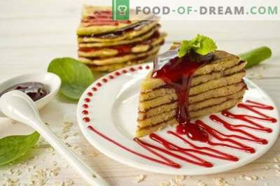 Pancake Cake on yogurt with raspberry jelly