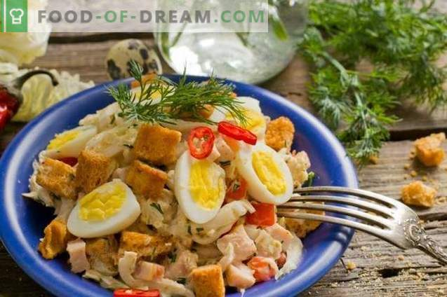 Salad with ham, Chinese cabbage and quail eggs