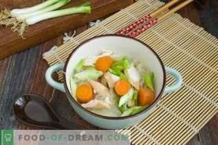 Chinese kippensoep met Funchoza