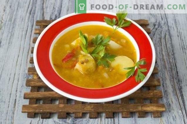 Soep met linzen, gele tomaten en jonge aardappelen