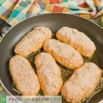 Juicy patties in crispy breading