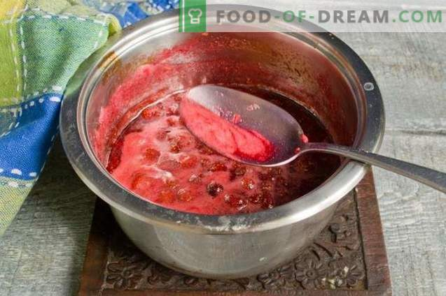 Confiture de fraises épaisse ou de fraises