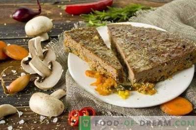 Runderleverpastei met champignons en groenten in de oven