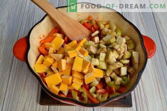 Pompoensoep met paprika en aardappelen