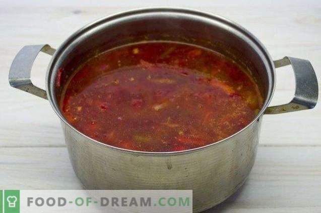Vegetarische borsch - rode biet