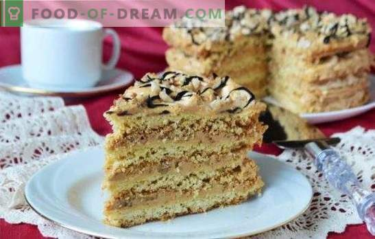 Air Snickers Cake - knapperig meringuedessert! Recepten voor luchttaarten van biscuit-, biscuit- en zandkoekkoekjes