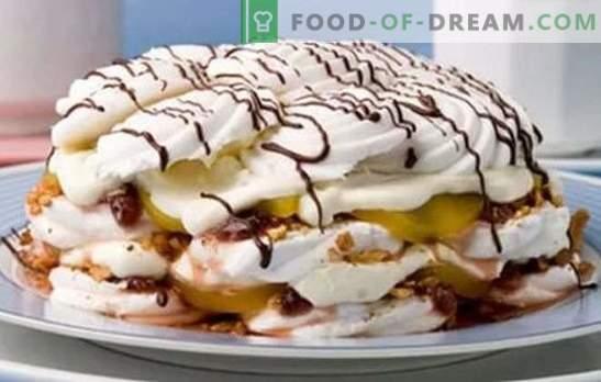 Een marshmallow cake zonder bakken wordt gebruikt voor de ideeën voor banketbakkers. Recepten voor