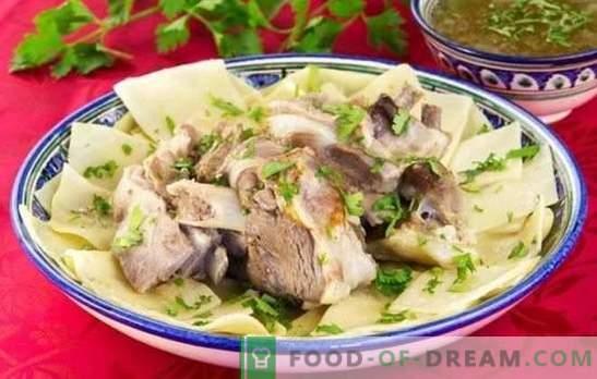 Beshbarmak van varkensvlees - recepten voor smakelijke gerechten van Turks sprekende volken. Hoe beshbarmak van varkensvlees te bereiden?