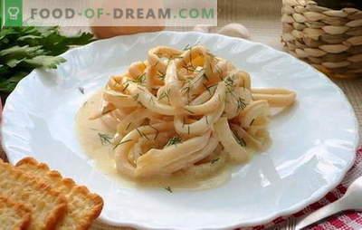 Pijlinktvissen in zure room is een sappige tweekleppig schelpdierenschotel. Inktvis recepten in zure roomsaus met groenten, kaas, champignons, knoflook, tomaat