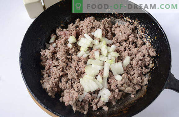 Много проста морска технология за приготвяне на паста с мляно свинско месо. Класическата рецепта стъпка по стъпка с фото: макаронени изделия по морски начин