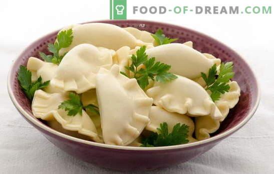 Dumplings op kefir met aardappelen - zacht, luchtig, met jus. Een selectie van beschikbare recepten voor dumplings op kefir met aardappelen