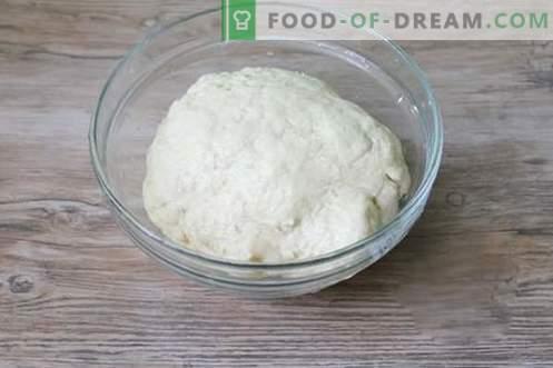 Zoete dumplings met kersen zijn ongebruikelijk en smakelijk!