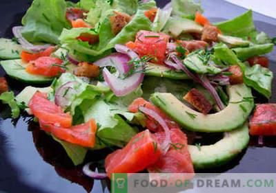Salade met forel - de beste recepten. Hoe goed en smakelijk gekookte salade met forel.