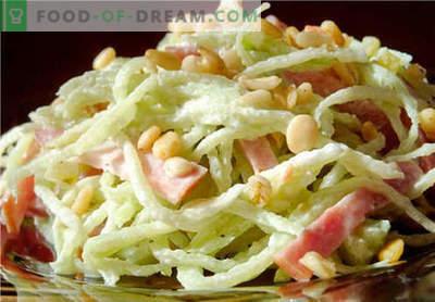 Radijssalade - een selectie van de beste recepten. Hoe goed en lekker om radijs salade te koken.