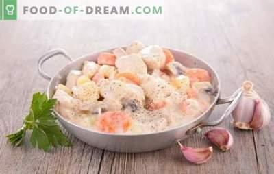 Varkensvlees met champignons in een romige saus is een klassieker! Varkensvlees met champignons in een roomsaus in een pan, in de oven, in een slowcooker