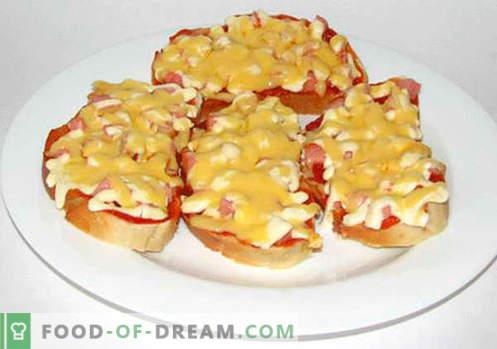 Eenvoudige sandwiches zijn de beste recepten. Hoe snel en lekker eenvoudige sandwiches koken in een haast.
