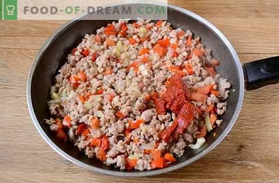 Riz avec de la viande hachée et des légumes à la tomate: fantaisie sur le risotto aux produits disponibles. Photo-recette pour la cuisson du riz avec de la viande hachée et des légumes à la tomate: étape par étape