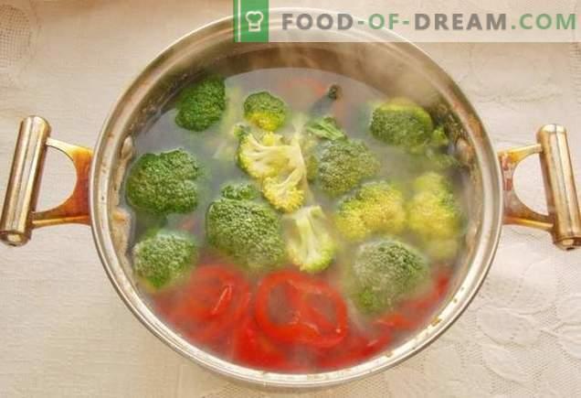 Broccolisoep en gehaktballetjes