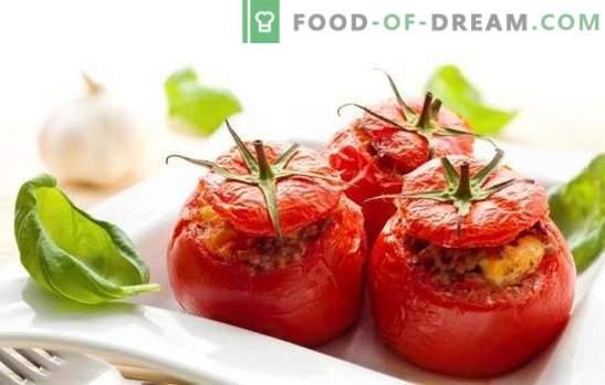Gebakken tomaten met gehakt - sappig, smakelijk, origineel. Een selectie van de beste recepten voor gebakken tomaten met gehakt