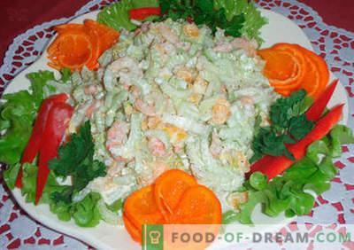 Originele salades - een selectie van recepten. Originele salades voor de vakantietafel en voor elke dag.