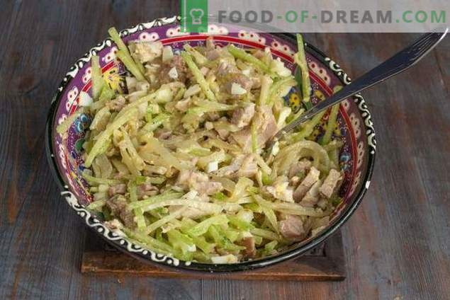 Spicy Uzbekistan Salad with Meat and Green Radish