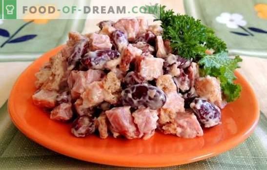 Salade met bonen en ham - een voedzame snack. Recepten voor salades met bonen en ham: plantaardig, pittig, voedzaam en eenvoudig