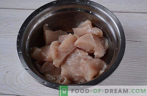 Gepaneerde kip gemarineerd in sojasaus - kook gedurende 20 minuten! Stapsgewijs foto-recept van gepaneerde kipfilet met een oosterse smaak