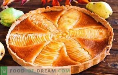 Charlotte met peren - een heel sappige taart! Recepten van verschillende charlottes met peren voor soulful tea drinking