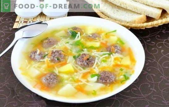 Soep met gehaktballetjes en noedels - een heerlijke lunch maken is eenvoudig! De beste recepten voor soepen met gehaktballen en noedels