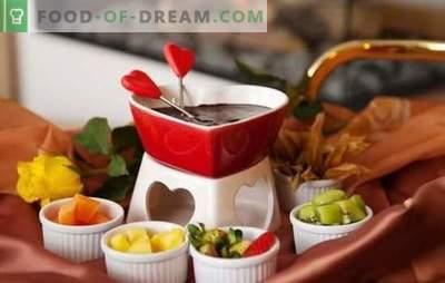 Chocoladefondue is de meest romantische traktatie! Heerlijke fondue voor witte en donkere chocolade koken voor de lol