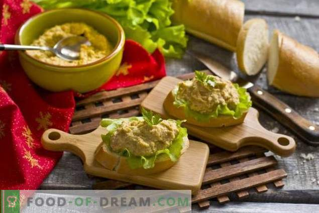 Simple chicken pate with eggs and vegetables