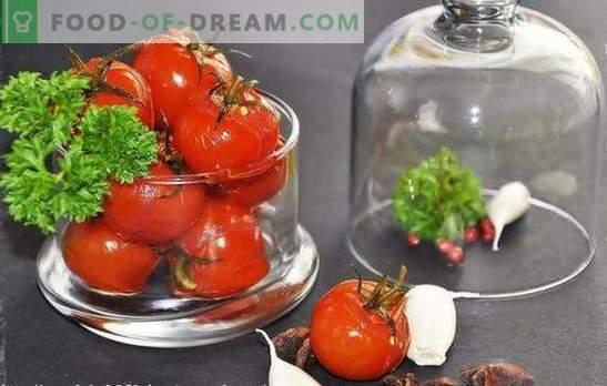 Zoete tomaten voor de winter: met honing, druiven, appel, watermeloen of bessensap. Originele recepten van zoete tomaten voor de winter
