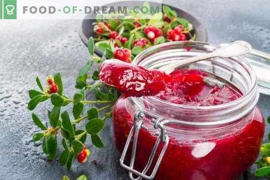 Cranberry jelly is een nieuwe manier om vitaminegebrek te bestrijden. Heerlijke en gezonde cranberry-jelly-recepten zijn eenvoudig en gemakkelijk!