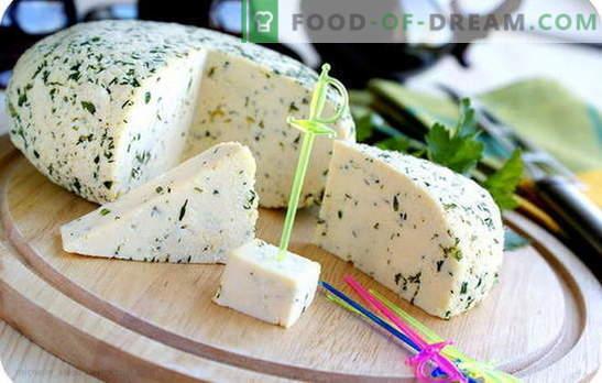Kaas uit zure room in onze eigen keuken: drie prikkels voor het maken van zelfgemaakte kaas. Recepten van de eenvoudigste en meest populaire soorten kaas van zure room