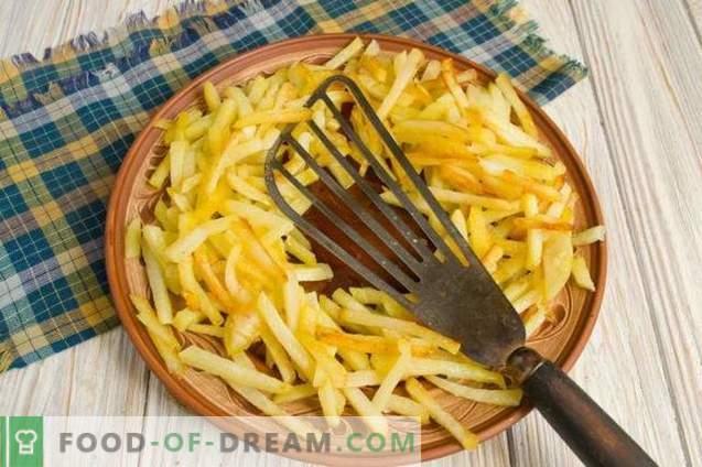 Azu in Tataarse stijl met augurken en aardappelen
