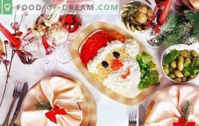 Kerstsalades met pruimen: 10 interessante ideeën