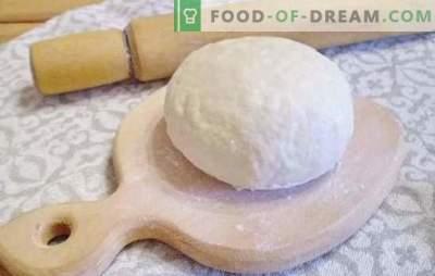 Deeg voor dumplings: stap voor stap recepten voor het perfecte gerecht. Koken van zacht en elastisch deeg voor dumplings stap voor stap recepten