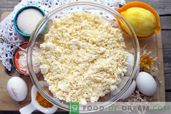 Originele cheesecakes met kurkuma en rozijnen