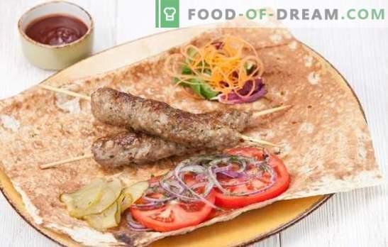 Kebab thuis is eenvoudig! Zelfgemaakte Kebab Varkensvlees, Lam, Turkije, Kip of Rund
