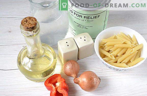 Uitstekende pasta in marine-stijl koken met stoofpot in 25 minuten