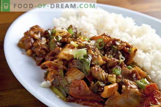 Vlees met uien - de beste recepten. Hoe goed en smakelijk vlees bereiden met uien.