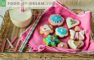 Gekleurde glazuur: spectaculair, aangenaam voor het oog. Recepten gekleurde glazuur en desserts mee: cookies, pinda's, scones, yoghurt cake