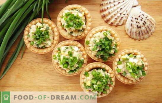 Snack van kabeljauwlever: ballen, salades, broodjes. De beste recepten voor snacks met kabeljauwlever: met rijst, tomaten, kaas, maïs