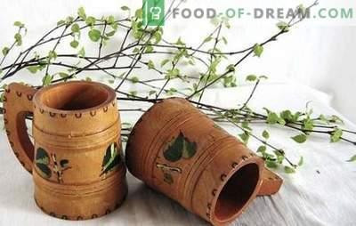 Birch-kwas met rozijnen is een originele vitaminendrank. De beste recepten voor berkenkwass met rozijnen