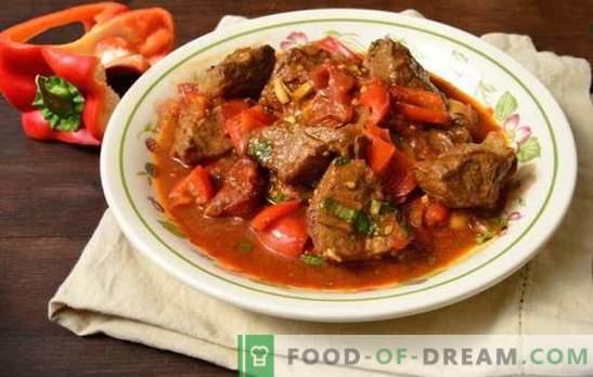 Goulash van varkensvlees in een pan - mals vlees in een jus! Recepten voor heerlijke varkensvleesgoelasj in een pan met groenten