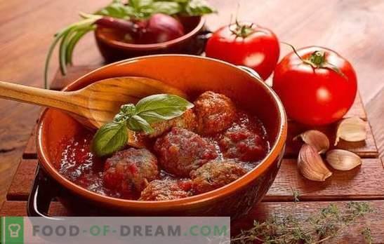 Egeltjes in tomatensaus in een koekenpan, in de oven, in een slowcooker. Egelrecepten in tomatensaus met rijst, gerst, aardappelen, kool