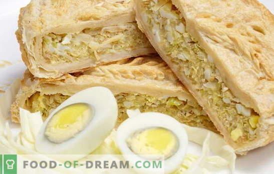 Bladerdeeg met uien, eieren: met en zonder gist. Originele receptenpastei met uien en eierbladerdeeg