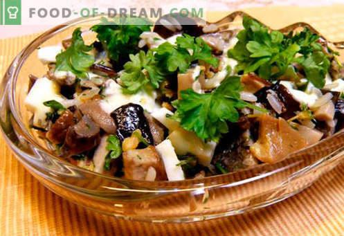 Salades met gepekelde champignons - vijf beste recepten. Salades met gemarineerde champignons op de juiste manier bereiden en smakelijk maken.